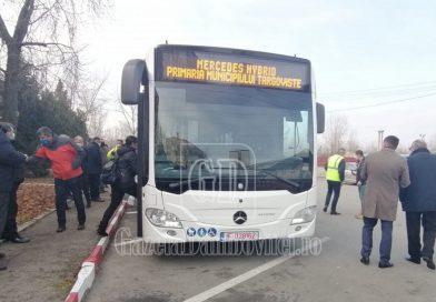 TÂRGOVIȘTE: A fost livrat primul autobuz hybrid, din noul parc auto al transportului public