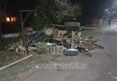 DRAGOMIREȘTI: Tânăr rănit după ce mai multe lemne au căzut peste el