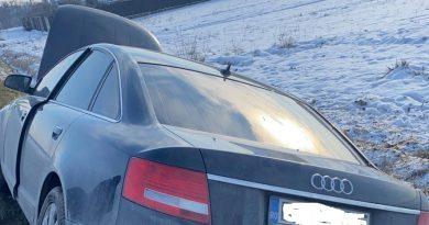 Accident la Mircea Vodă. Ambii șoferi implicați au ajuns la spital