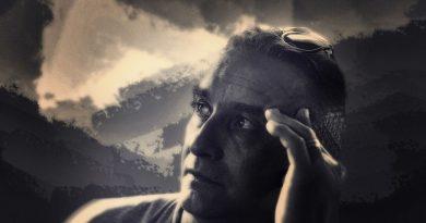 PLAYBOOK  –  Gabriel  ENACHE – Cartea simțurilor