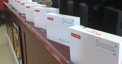Renault România și Dacia au donat 50 de tablete pentru elevii din Dâmbovița