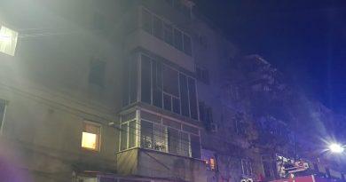 Încă un incendiu într-un apartament din Găești. Locatarii au fost evacuați