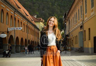 Povești de martie! Andreea, tânăra care a cerut jucării pentru copiii nevoiași, ca dar de nuntă