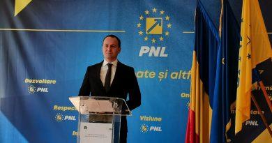 ,,Îi invit pe cei care sunt în sistemul bugetar să aibă puterea de a merge către domeniul privat'' (Aurelian Cotinescu, președintele PNL Târgoviște)