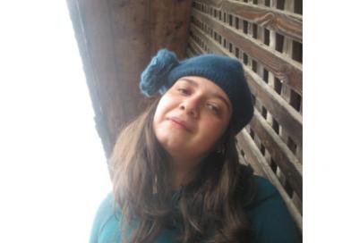 PUNCT  ȘI  DE  LA  CAPĂT  –  Amalia  DRAGOMIR – În genunchi, pe coji de nuci!