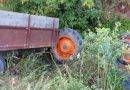 Tragedie la Corbii Mari. Un bărbat a murit după ce s-a răsturnat cu tractorul