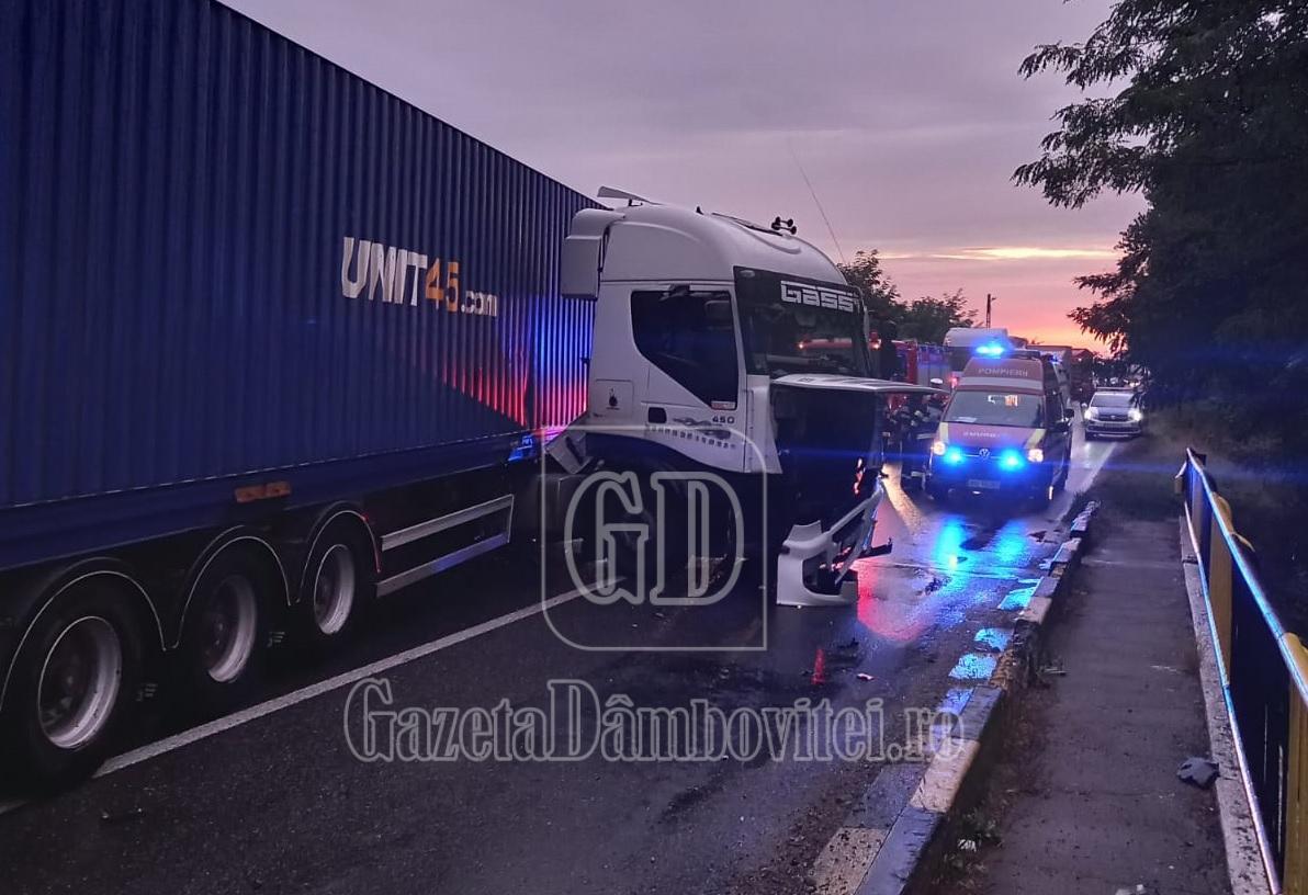 DN 72: Două  persoane rănite într-un accident care a blocat traficul mai bine de o oră
