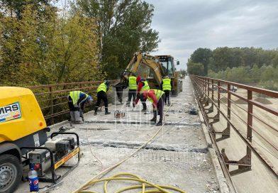 Un nou grafic de execuție pentru podul pe DJ 701 peste râul Argeș, la Corbii Mari