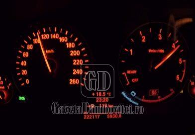 Un tânăr fără permis, prins conducând cu 119 km/oră pe Șoseaua Găești